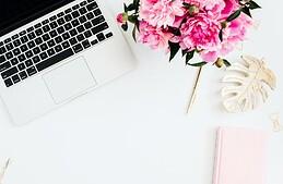 Autour du bureau : les éléments indispensables pour travailler efficacement